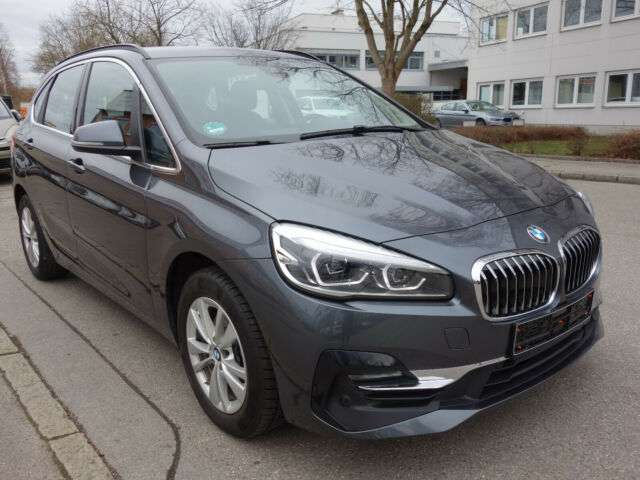 Left hand drive BMW 2 SERIES 218 ACTIVE