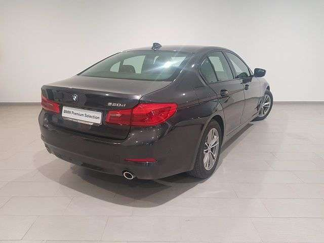 Left hand drive BMW 5 SERIES  520 dA Business SPANISH REG