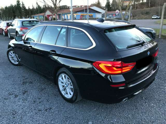 Left hand drive BMW 5 SERIES 520D TOURING