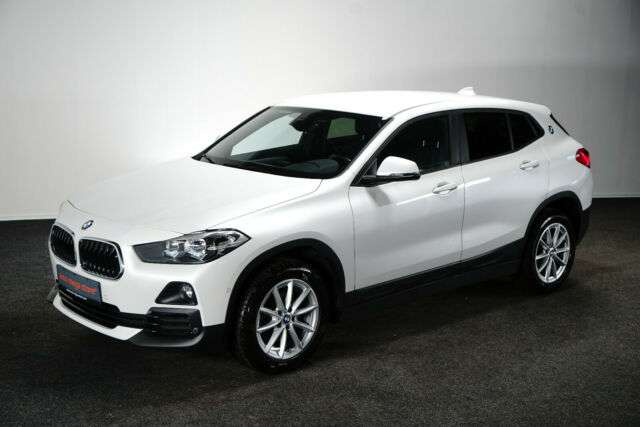 Left hand drive BMW X2  sDrive 18d Advantage