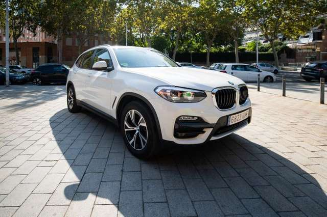 Left hand drive BMW X3  sDrive 18dA Business Spanish reg