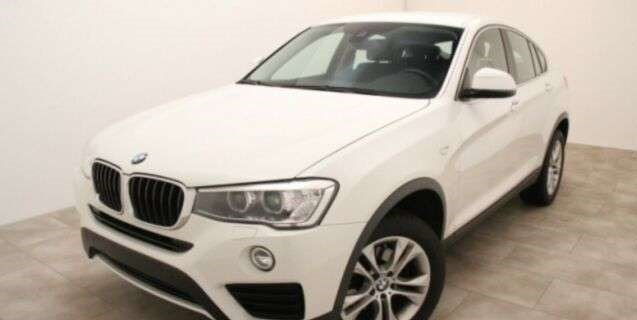 Left hand drive BMW X4  xDrive20d