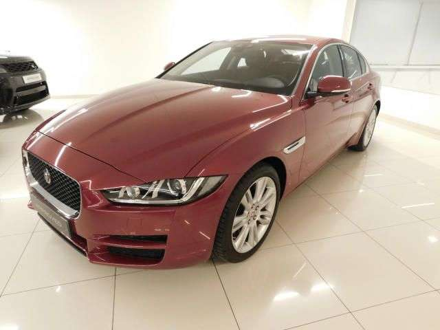 JAGUAR XE (03/2019) - RED