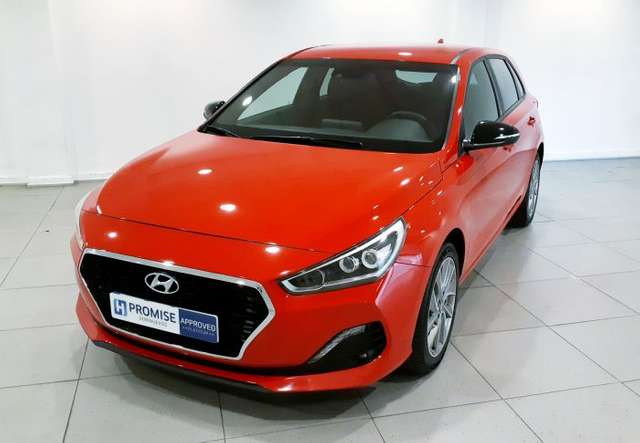 lhd HYUNDAI i30 (09/2019) - RED