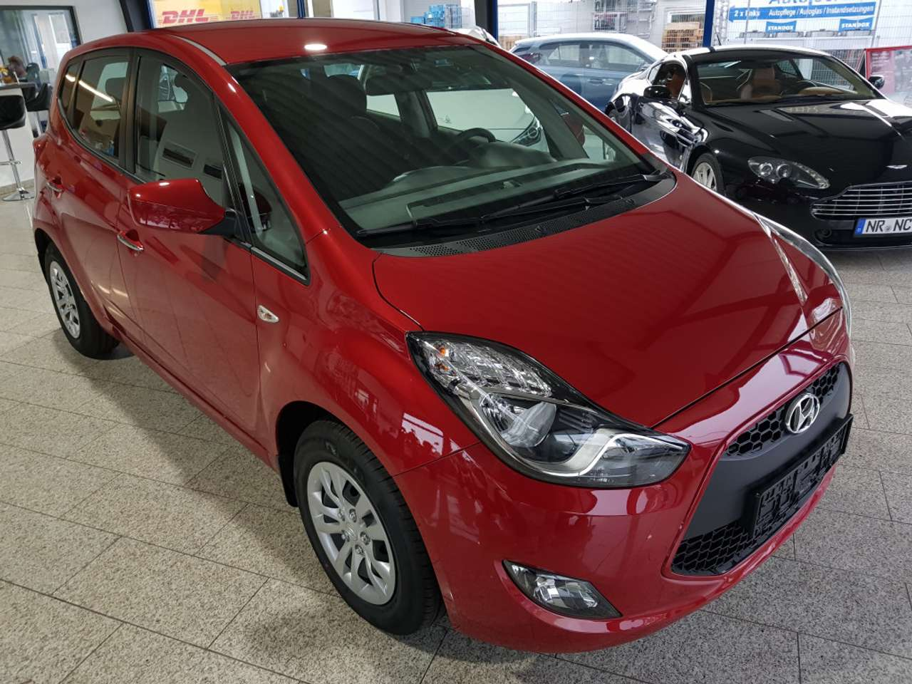 Left hand drive HYUNDAI IX 20 1.6 AT Klima RCD