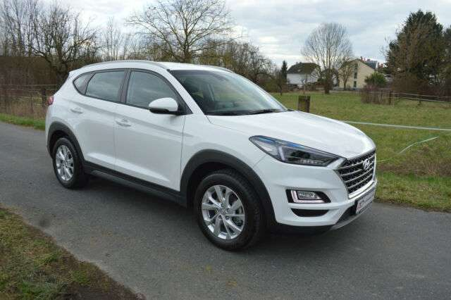 Left hand drive HYUNDAI TUCSON Trend 2WD