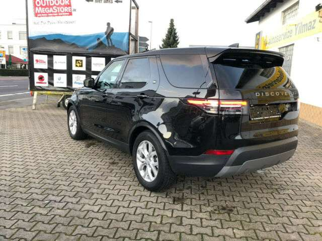 Left hand drive LANDROVER NEW DISCOVERY Discovery 5 TD6 SE