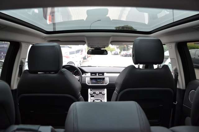 Left hand drive LANDROVER RANGE ROVER EVOQUE SI4 Dynamic