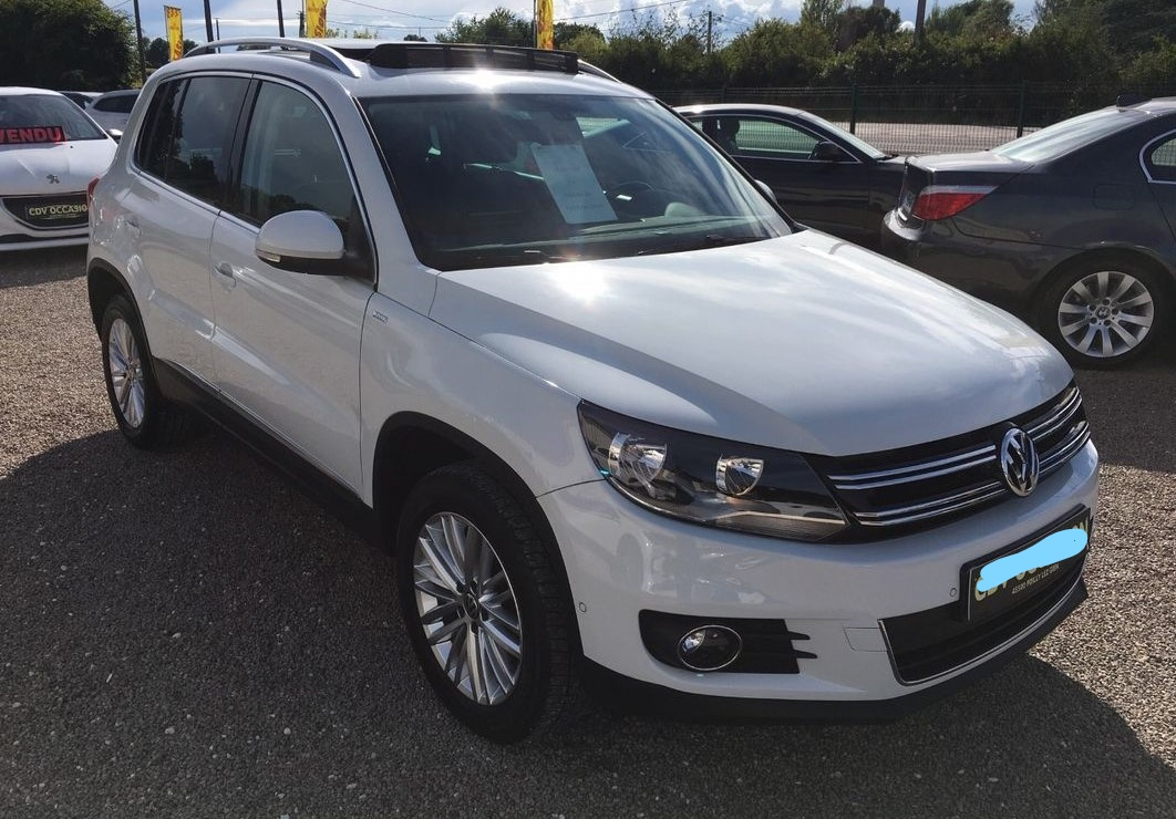 Left hand drive VOLKSWAGEN TIGUAN 2.0 TDI 4MOTION CUP FRENCH REG