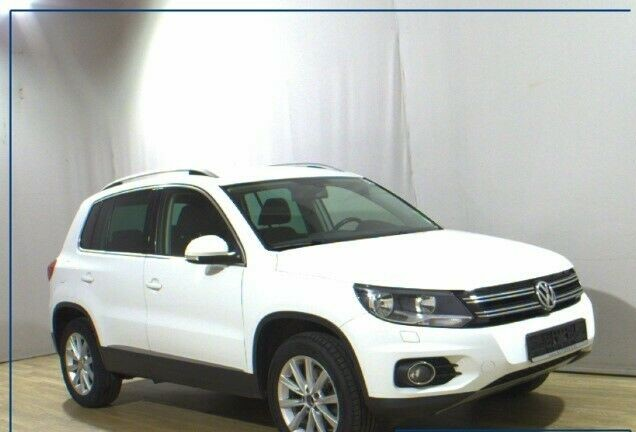 Left hand drive VOLKSWAGEN TIGUAN 2.0 TDI 4MOTION TRACK AND FIELD