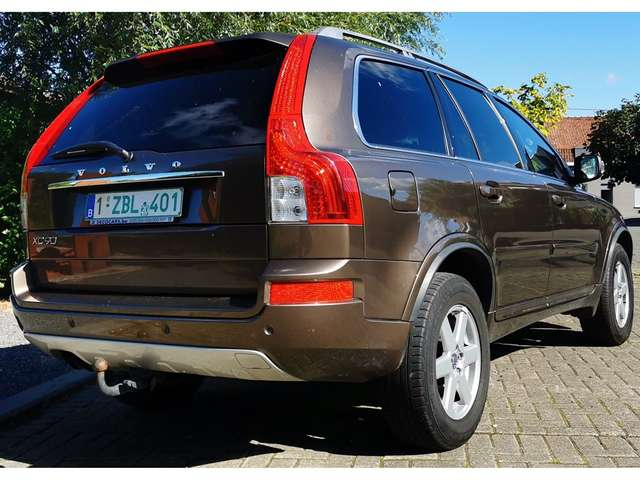 VOLVO XC 90 (04/2014) - BROWN