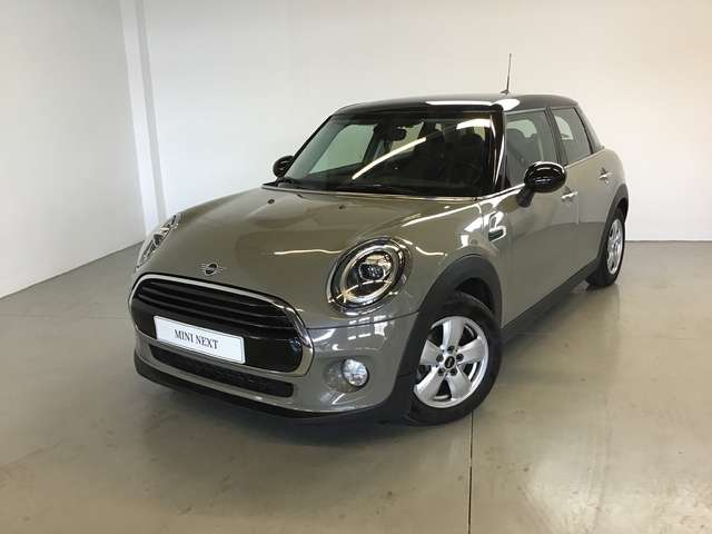 Left hand drive MINI COOPER 100 kW ( 136 CV) spanish reg