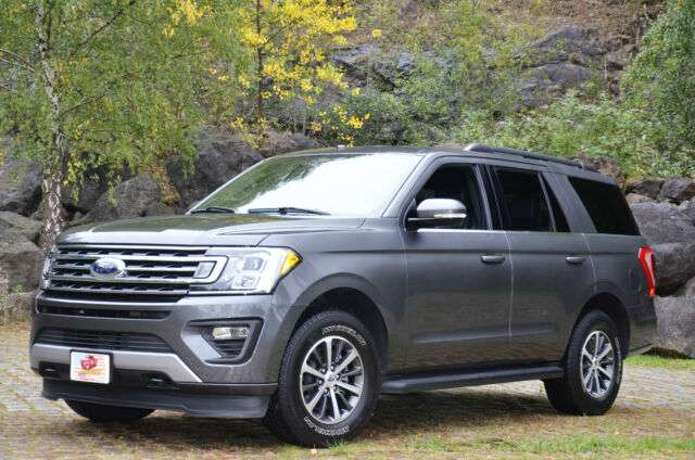 lhd FORD EXPLORER (02/2019) - GREY