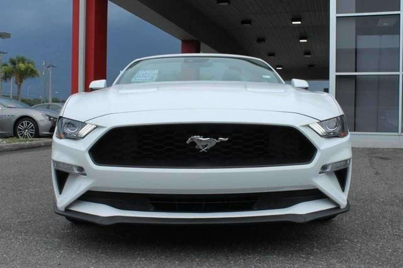 FORD MUSTANG (05/2019) - WHITE