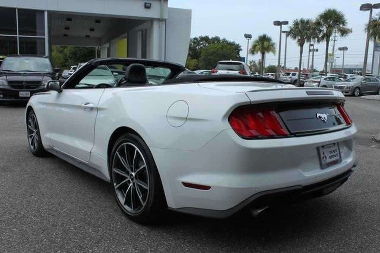 Left hand drive car FORD MUSTANG (05/2019) - WHITE