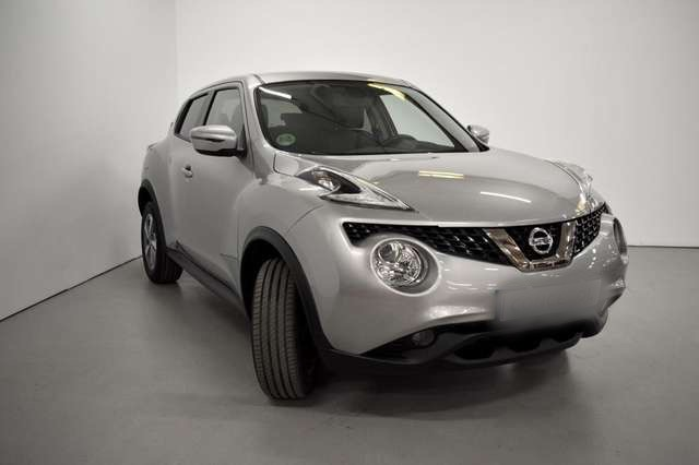 Left hand drive NISSAN JUKE 1.6 N-Connecta 4x2 spanish reg