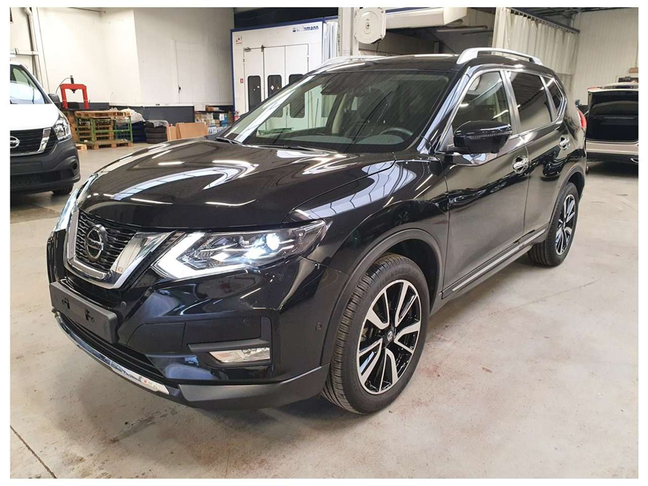 Left hand drive NISSAN X TRAIL  1.7 Dci
