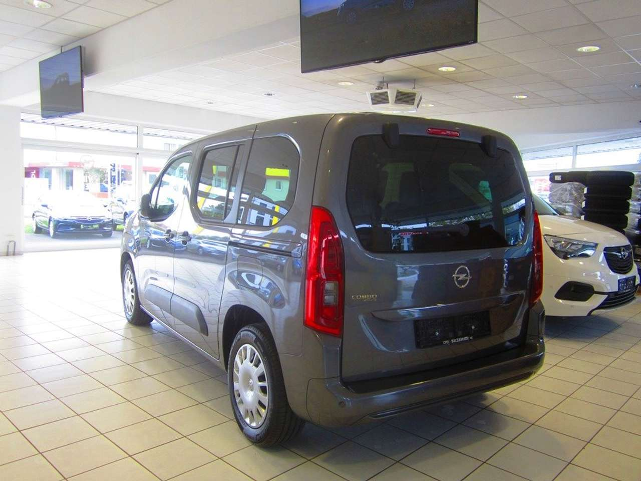 lhd car OPEL COMBO (02/2020) - GREY