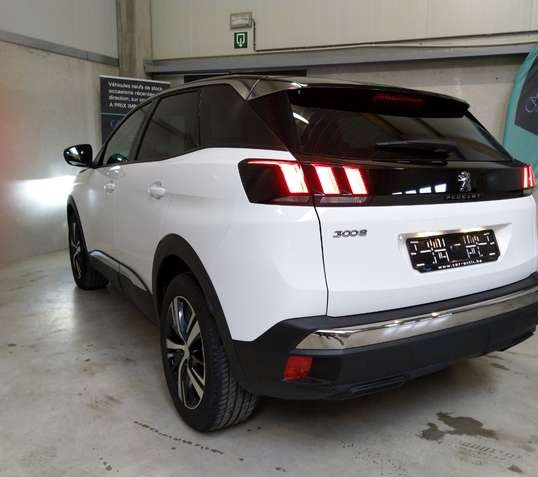 Lhd PEUGEOT 3008 (04/2019) - WHITE