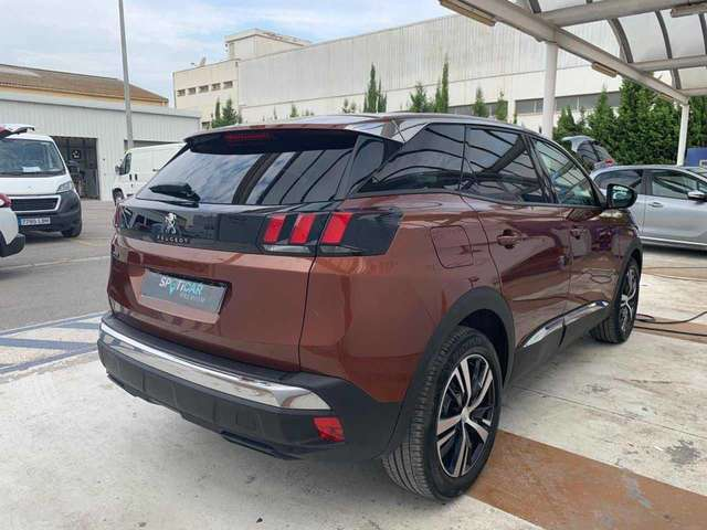 Left hand drive PEUGEOT 3008 1.5 BlueHDi 96kW S AND S EAT8 Allure SPANISH
