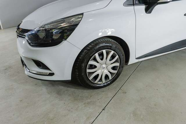 Left hand drive RENAULT CLIO 1.5dCi SS Energy Business 55kW