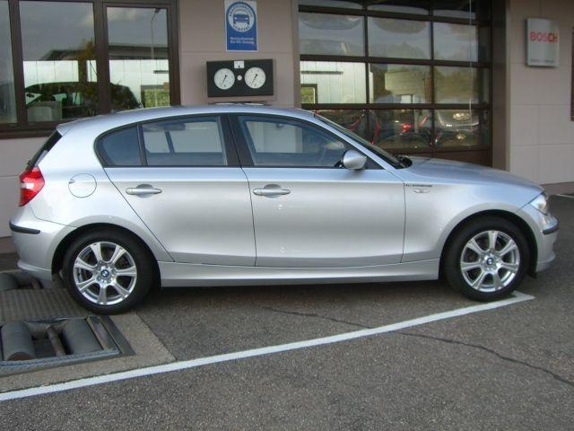 BMW 1 SERIES (09/2008) - Metallic Titan Silver - lieu: