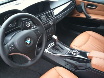 BMW 3 SERIES (03/2009) - Metallic Space Grey - lieu: