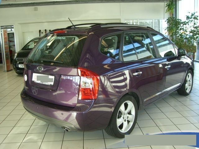 http://www.my-lhd.co.uk/images/voitures/4381b-car-kia-carens-2.jpg
