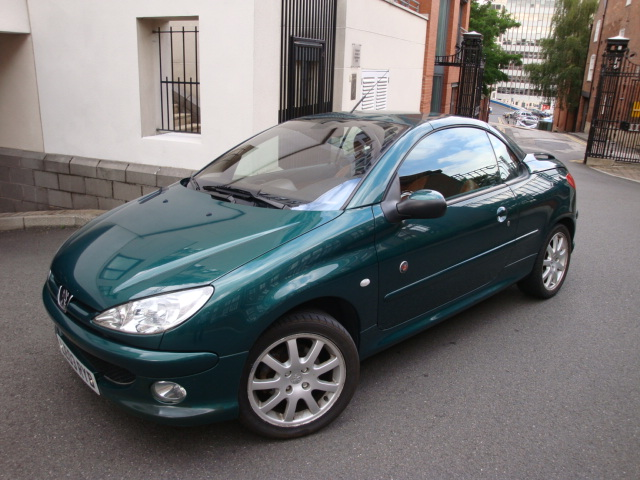 lhd peugeot 206 cc 01 08 2003 metallic garros green lieu. Black Bedroom Furniture Sets. Home Design Ideas