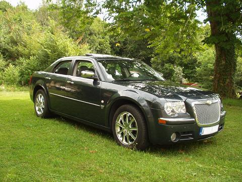 lhd CHRYSLER 300C (10/2007) - Metallic Blue - lieu: