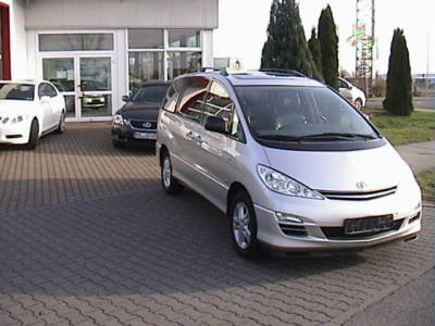 TOYOTA PREVIA 2.4 Executive