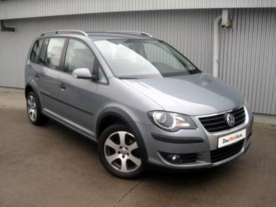 VOLKSWAGEN TOURAN 1.6 Cross
