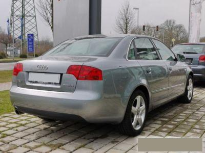 AUDI A4 (03/2007) - Metallic Quartz Grey - lieu: