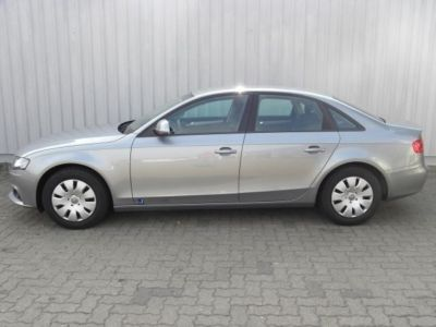 AUDI A4 1.8T FSI Attraction