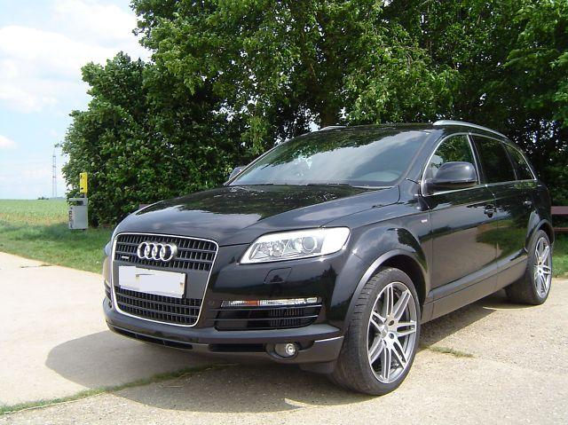lhd AUDI Q7 (01/2008) - Metallic Phantom Black Pearl - lieu:
