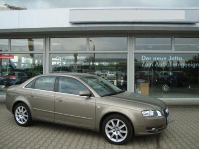 AUDI A4 2.0 TDI Business Pack