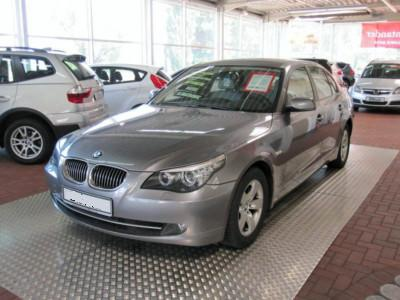 BMW 5 SERIES 525d Steptronic