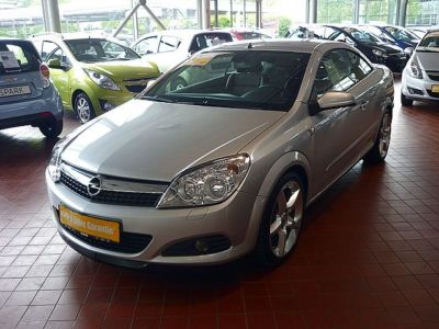 OPEL ASTRA 1.8i Cosmo