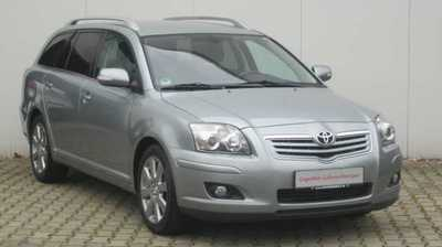 TOYOTA AVENSIS 2.0 D-4D Travel
