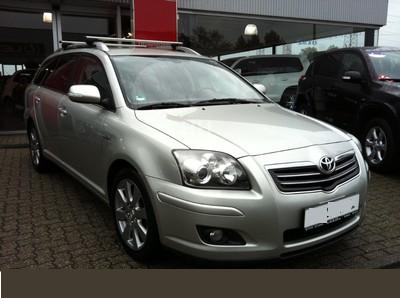 TOYOTA AVENSIS 2.2 D-Cat Travel