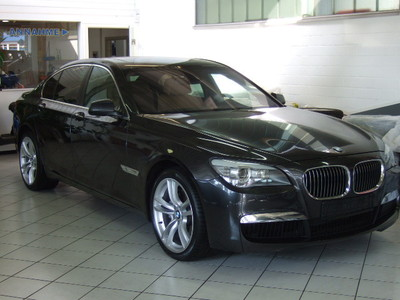 BMW 7 SERIES 740d M Sport Pack