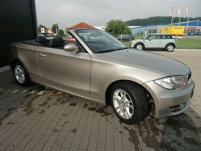 BMW 1 SERIES 120i Advantage