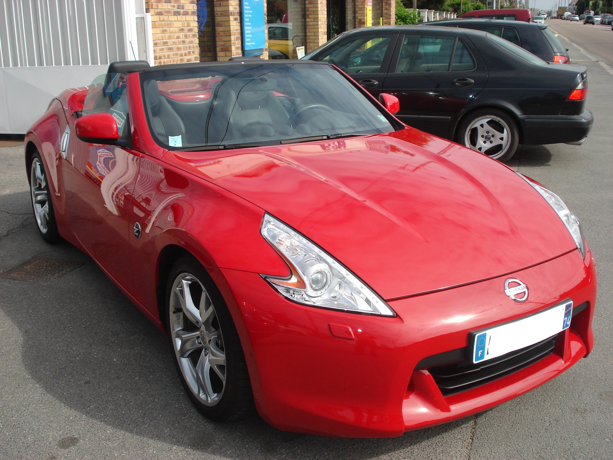 lhd car NISSAN 370 Z (01/2010) - Red - lieu: