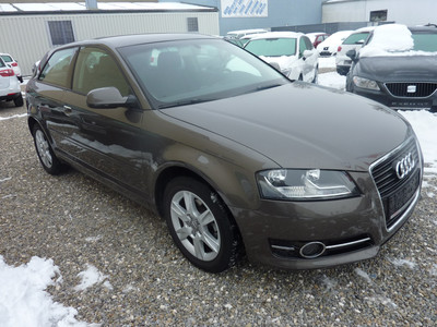 AUDI A3 Audi A3 1.6 TDI 105 Attraction