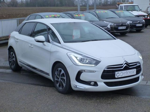 CITROEN DS5 E-HDI 110 AIRDREAM CHIC BMP6