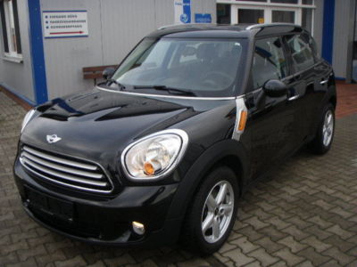MINI COUNTRYMAN Aut Cooper Pepper