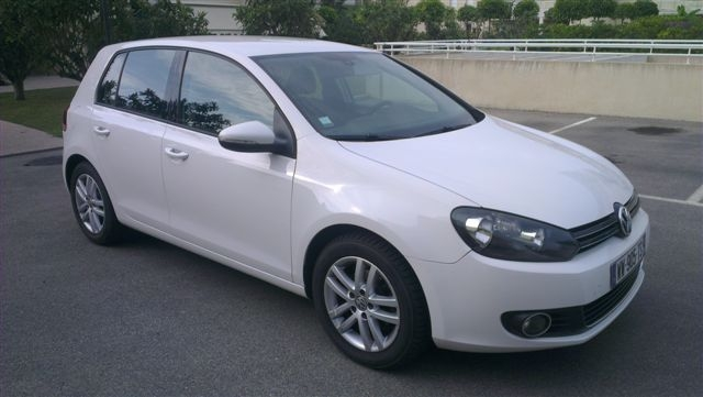 VOLKSWAGEN GOLF 1.6 TDI 105 NAV FRENCH REG