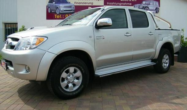 TOYOTA HILUX  4x4 Double Cab Sol
