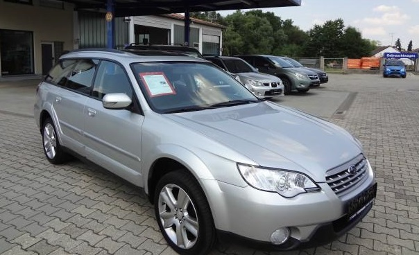 SUBARU OUTBACK 2.5 Active AWD