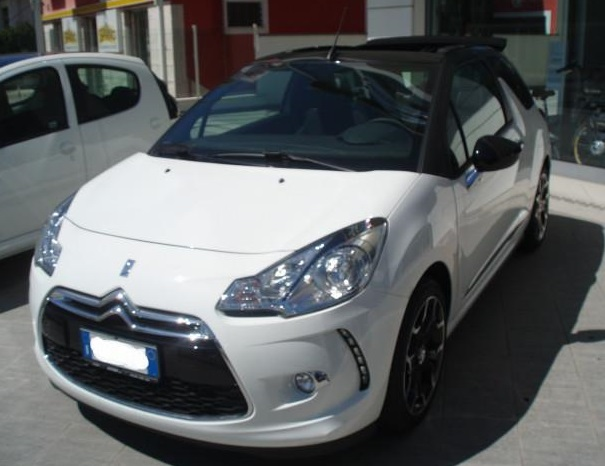 CITROEN DS3 1.2 VTI 82bhp So Chic CABRIOLET